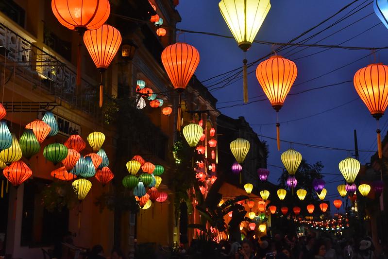 Bảng giá khách sạn Đà Nẵng - Hội An 2021