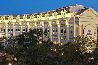 Khách sạn Hilton Opera