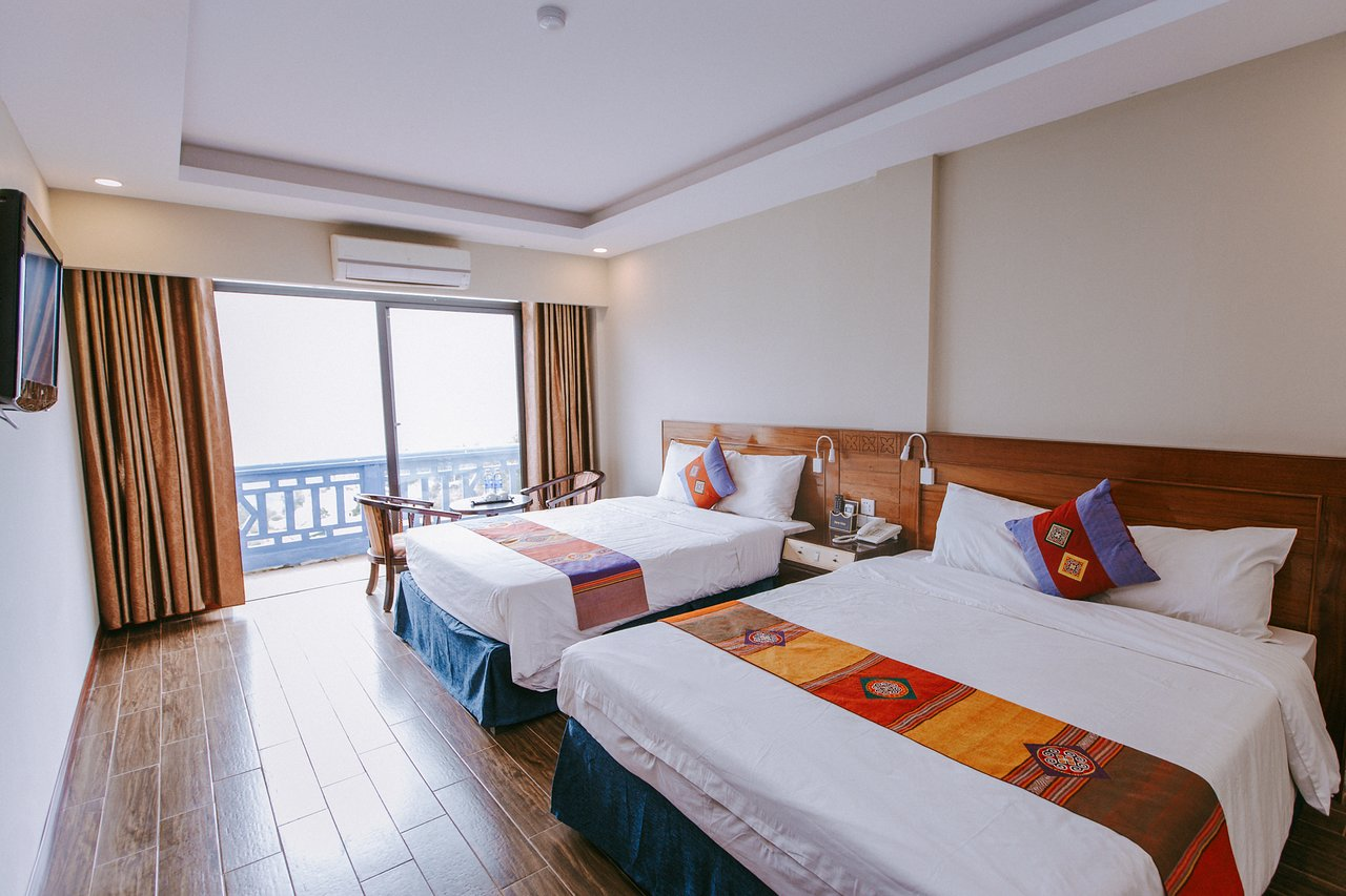Đặt phòng Khách sạn Holiday Sapa