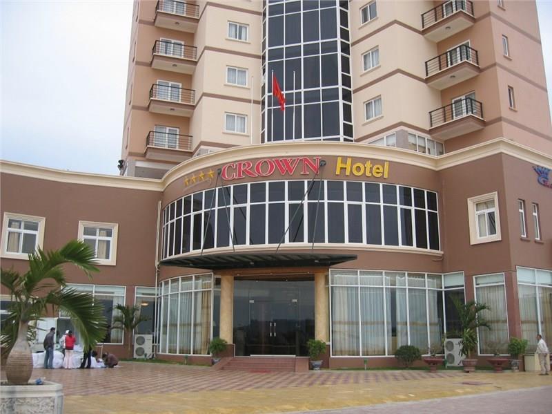 Khách sạn Hoàng Hậu (Crown Hotel)