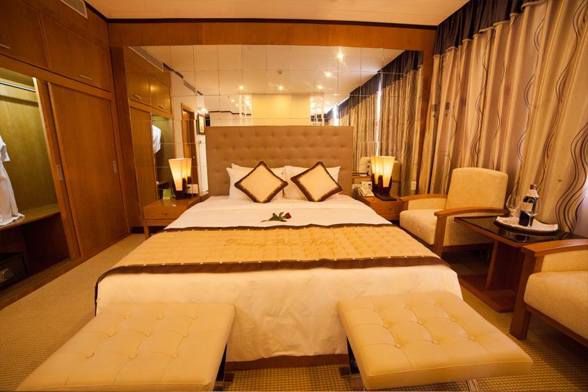 Đặt phòng Khách sạn Đà Nẵng Petro