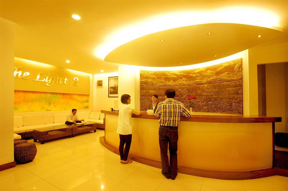 Đặt phòng Khách sạn The Light 2