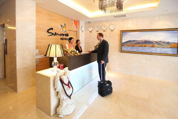 Khách sạn Sanouva