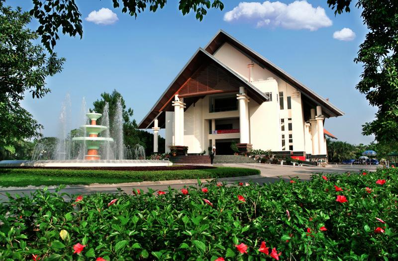 Đặt phòng Sông Hồng Resort