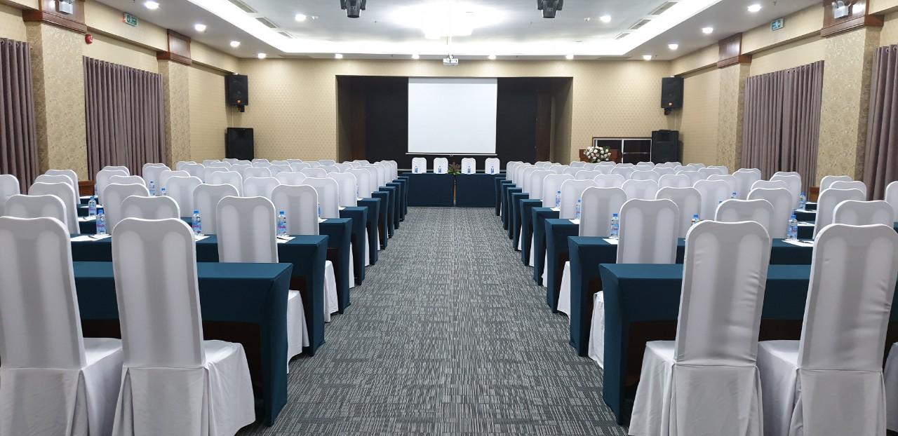 Tổ chức hội thảo tại khách sạn Trần Viễn Đông