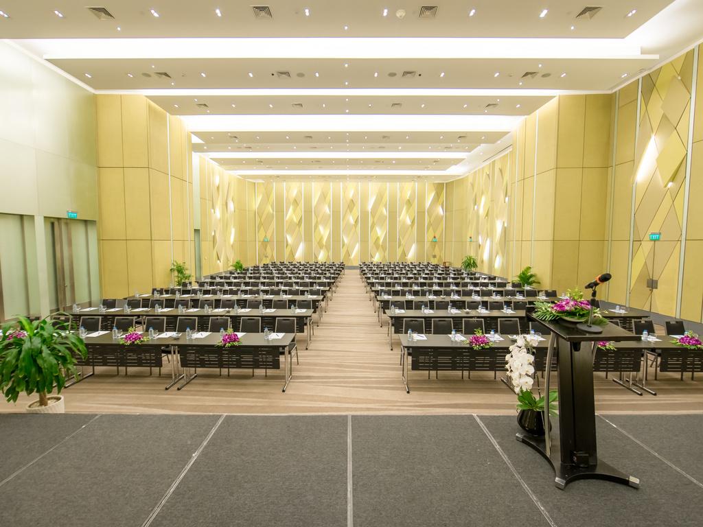 Tổ chức  hội thảo tại khách sạn Novotel