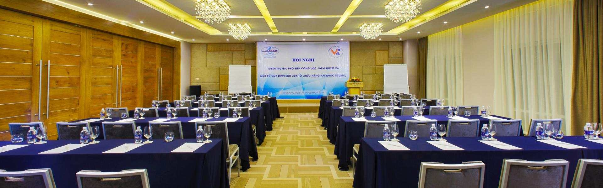 Tổ chức hội thảo tại Rosaka Nha Trang