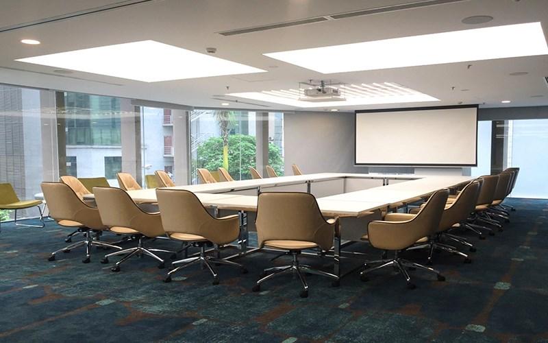Tổ chức hội thảo tại Khách sạn Novotel Suites
