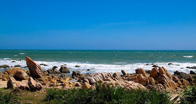 Kỳ vĩ 13 biển đá Việt Nam