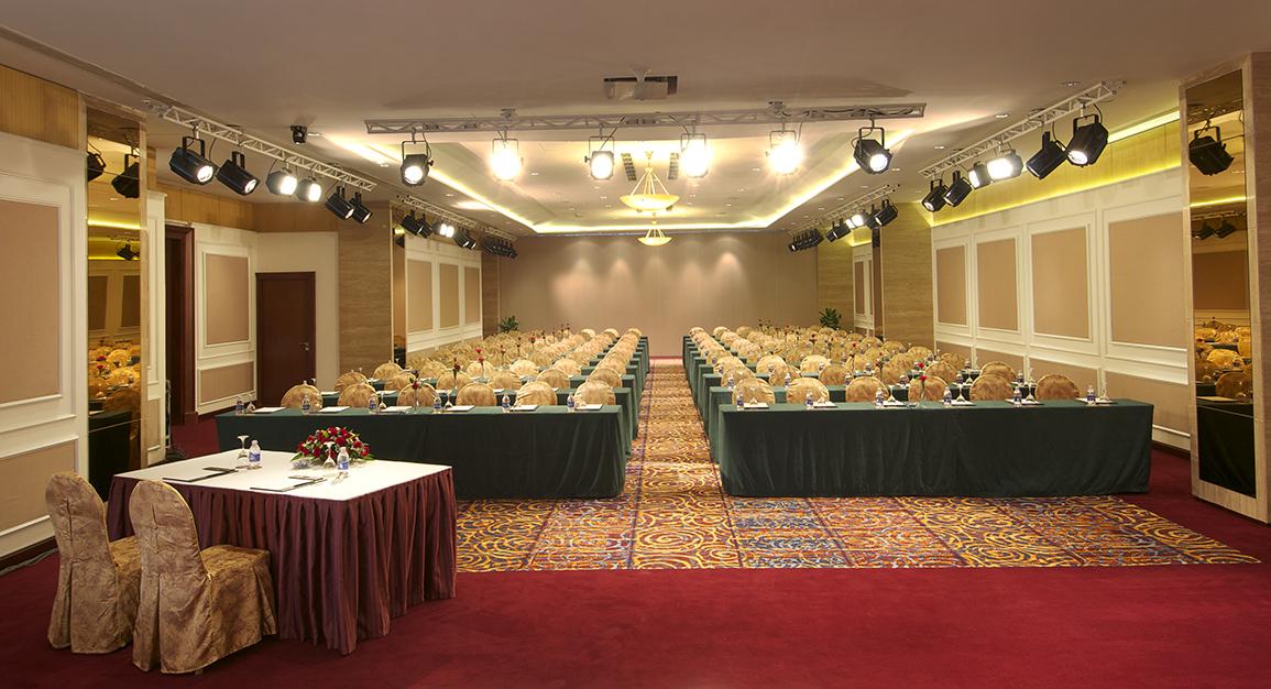 Tổ chức hội thảo tại khách sạn Vissai