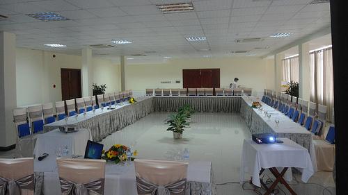 Hội thảo tại khách sạn Luxury Nha Trang