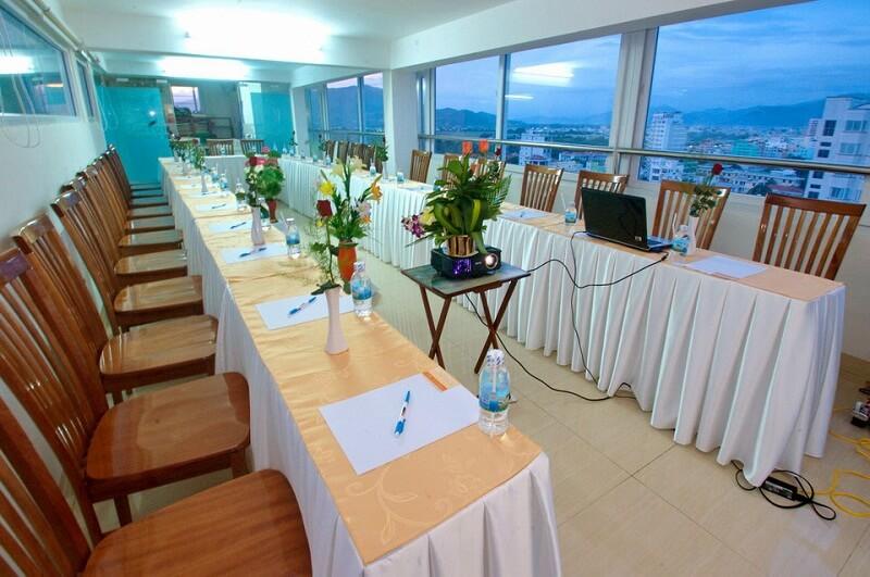 Hội thảo tại khách sạn Ruby Nha Trang