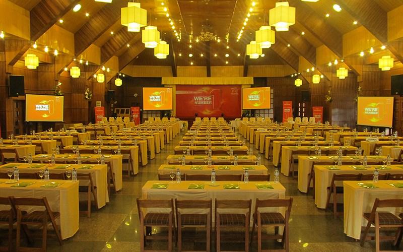 Tổ chức hội thảo tại Khách sạn Tea resort (Monet Garden cũ)