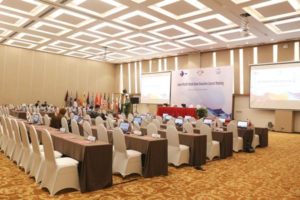 Tổ chức  hội thảo tại khách sạn Centara Sandy Beach Resort Danang