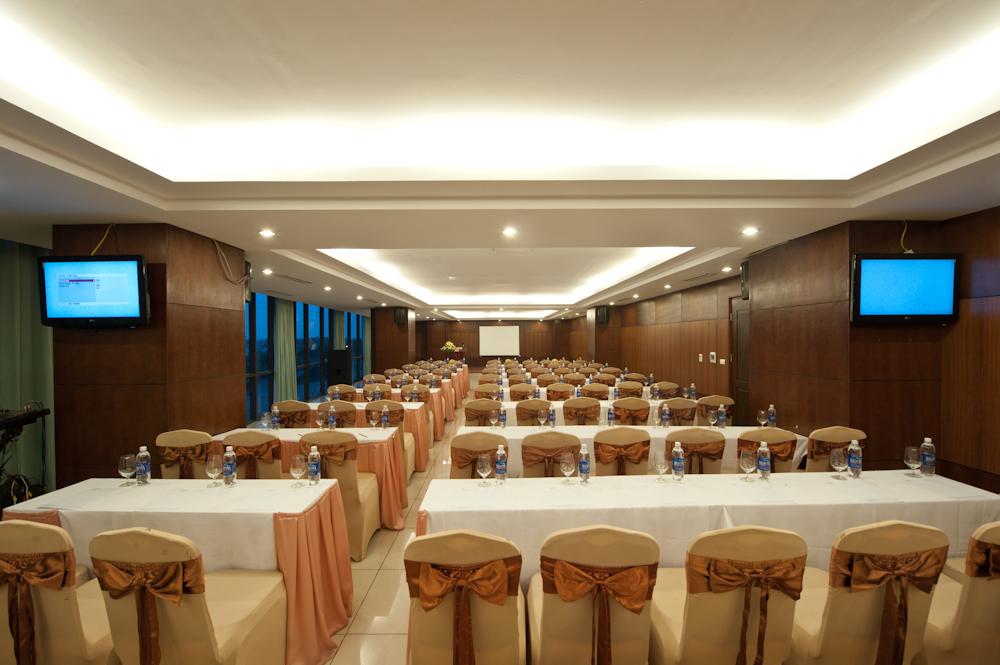 Hội thảo tại khách sạn Mường Thanh Đà Nẵng