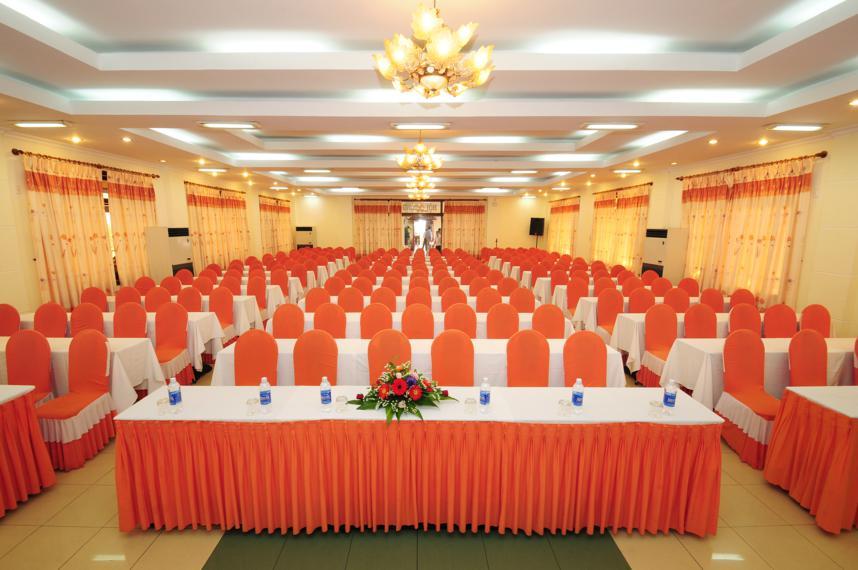 Hội thảo tại khách sạn Duy Tân Huế