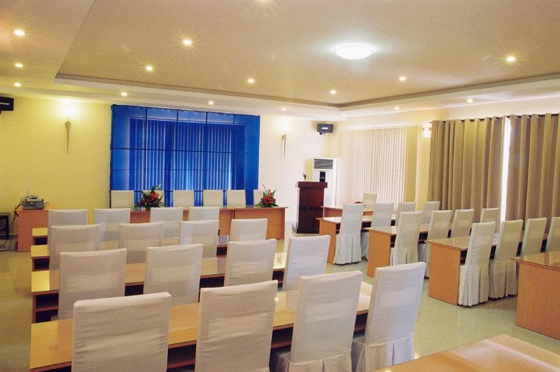 Hội thảo tại khách sạn Đông Phương
