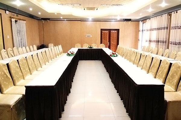 Hội thảo tại khách sạn Cửu Long
