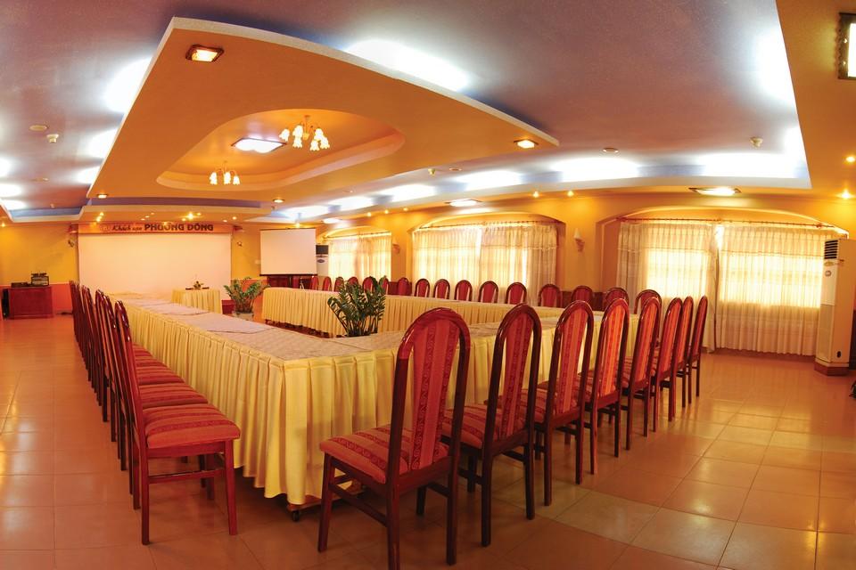 Hội thảo tại khách sạn Phương Đông